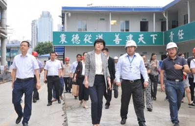 敬静副市长调研我院龙潭医院建设项目