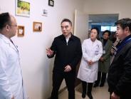 市卫健委党组书记、主任谢强走访慰问 我院党外知识分子