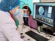 党史教育践初心,为民服务办实事(四十)丨市二院驻炉霍医疗队指导当地开展眼科新技术